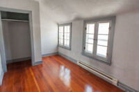 Large 2 Bedroom apt available now!!! 800$ ALL INCLUSIVE