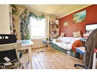 1 bedroom flat in Duckett Road, Harringay, N4
