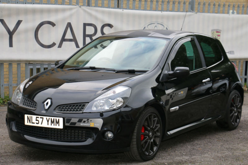 renault clio renaultsport vvt f1 team 2007 rare and collectible in high wycombe. Black Bedroom Furniture Sets. Home Design Ideas