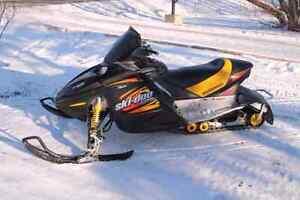 2003 Skidoo 800 MXZ