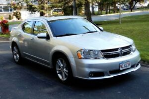 2011 Dodge Avenger SXT - Low Mileage