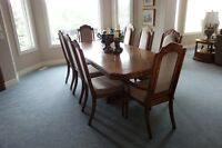 Estate Home Sold ---- Like New Complete Dining Set