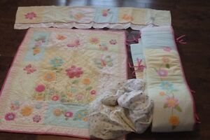 baby girl crib sheet set