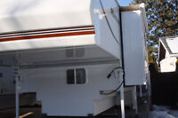 2008 8ft 11in OKANAGAN TRUCK CAMPER with SUPER SLIDE