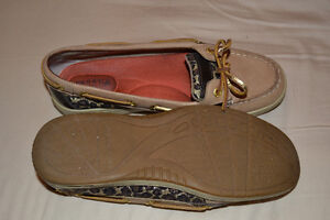 Sperry Boat Shoes - leopard print size 6.5 Kitchener / Waterloo Kitchener Area image 3