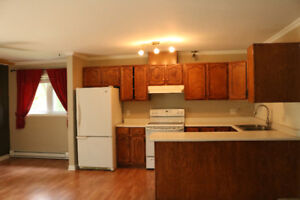 Cozy 2 bedroom house for rent in the Pontiac