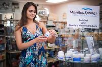 Gift Store Assistant Manager Required for Manitou Springs Resort