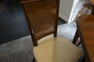 """""""New Price"""" Antique Dining Table with 4 Chairs London Ontario image 5"""