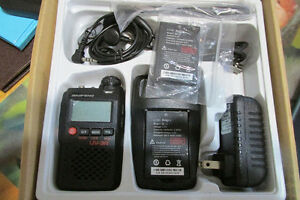 VHFI UHF Portable two-way radio