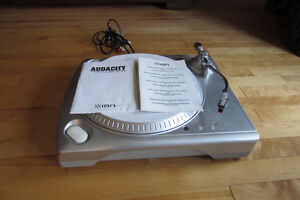 Turntable/Turnante ION IIUSB 33/45 Excellent cond.5149969207