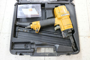 **PNEUMATIC** Bostitch N60FN Finish Nailer (#1675)