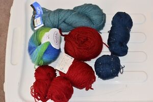 KNITTING YARN , MERINO, WOOL , TWEED