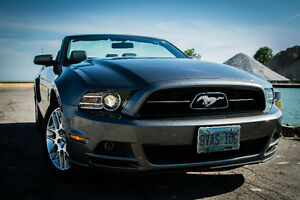2014 Ford Mustang V6 Premium Convertible Windsor Region Ontario image 4