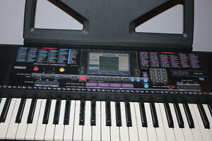Yamaha Electric  Keyboard/Organ Excellent Condition