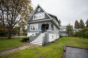 $4500(ORCA_REF#1297G)AMAZING! Updated 5bed home with Coach house