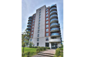 4 1/2  completely furnished apartment in a prestigious building