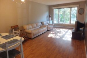 Rooms for rent in beautiful house close to sault college