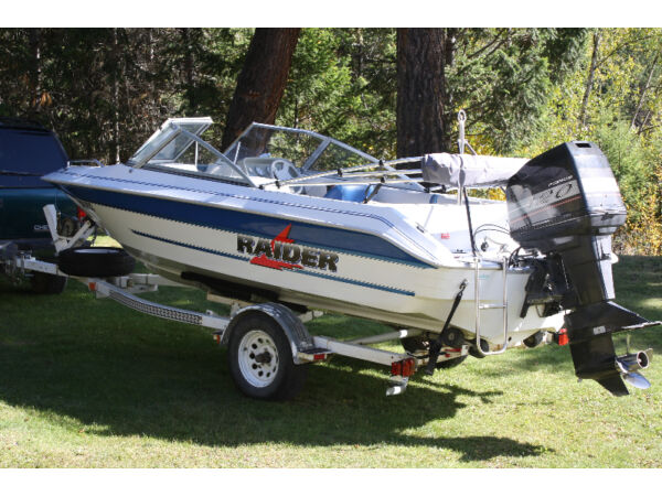 Used 1995 Other Raider Bowrider
