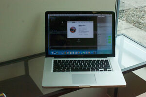"Macbook pro 15"" – 2011 - New battery"