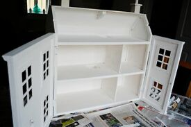 dolls house with lots furniture