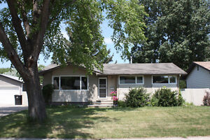 Welcome to #7 Sullivan, reduced $30,000. Open House, Sun. 2-4pm
