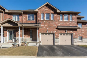 Lakeside Location - Executive 2-Story, 3bed, 2.5bath Townhouse