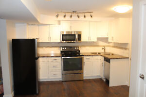 New basement suite 4 rent in Capilano. Internet/utility included