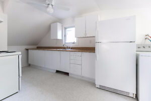4½ (two bedrooms) apartment in duplex (Dorval south) West Island Greater Montréal image 7