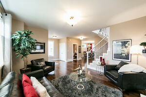 ONLY STEPS FROM MILL CREEK RAVINE!! 3000 sq ft FULLY FINISHED! Edmonton Edmonton Area image 3