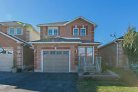 Sun-filled Bradford family home 3+1 Bdr / 4 Bath with W/O Bsmt!