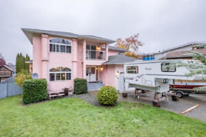 Large South Port home with 2 bedroom revenue suite