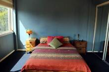 Room to rent in a quiet Christian home near Uni, shops & bus stop Buderim Maroochydore Area Preview