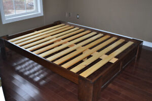 "Queen size all natural wood platform bed ""Dormio Organic Beds"""