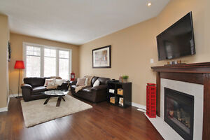 Large 3-bedroom Town Home in Stittsville
