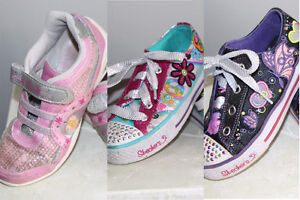 girl sketchers twinkle toes shoes - size 12 Cambridge Kitchener Area image 1