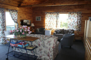 Near Cavendish sea view Executive cottage 2-day package 20% off!
