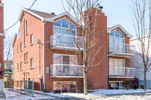 CONDO À VENDRE / CONDO FOR SALE