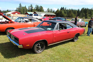 WANTED 1968/69 B BODY MOPAR BUCKET SEATS