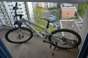 GT Avalanche Mountain Bike - Ladies