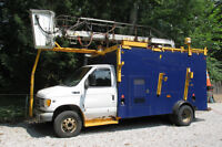 Ford E450 Super Duty Diesel Bucket Truck