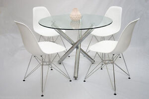 glass dining table 60 in New South Wales