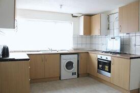 4 bedroom house in Brownswell Road, London, N28