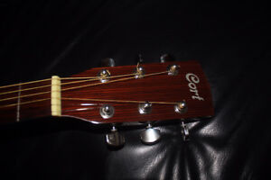 SOLID SPRUCE TOP ACOUSTIC GUITAR