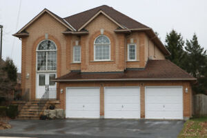 Fantastic 2800+ square foot family home in Waterdown