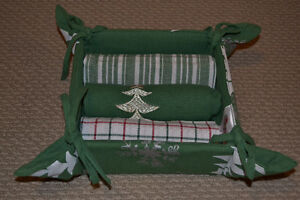Christmas Tea Towel Set with Basket