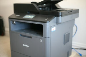 Brother MFC-L5700DW Printer with Ink   Paper! Only 4 months old!