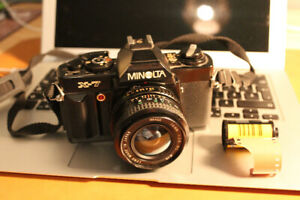 Minolta X-7 35mm SLR Film Camera body + lens 28mm f2.8