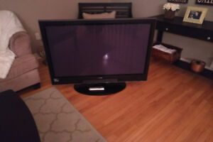 Hitachi 50in LED HD TV (Needs Repair)