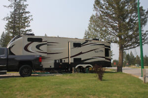 2017 Solitude Grand Design 5th Wheel  Model No 321RL