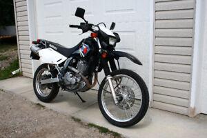 Suzuki DR650 2007